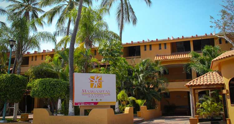 Margaritas Hotel & Tennis Club