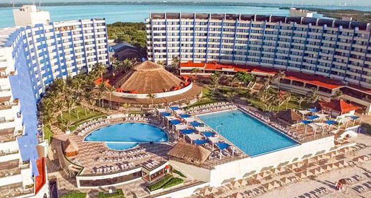 Crown Paradise Club All Inclusive