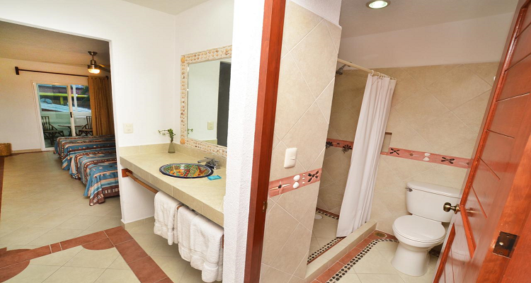 Suites Ixtapa Plaza